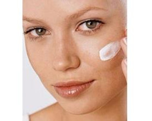 脸上的痘印可能是你的保养有问题